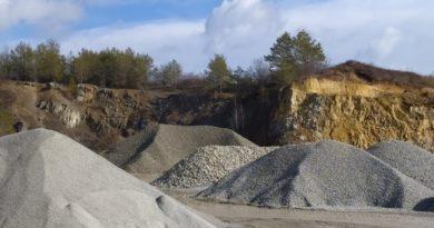 Stavebnictví hrozí nedostatek těženého stavebního materiálu