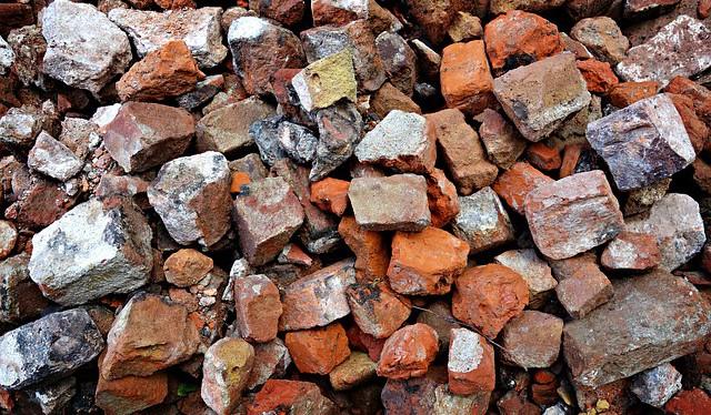 stones-1568246_640.2e16d0ba.fill-730x425